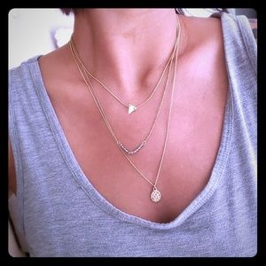 Jewelry - Gold three chain Necklace